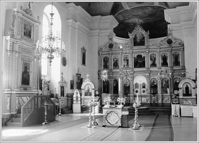 нутраны выгляд Свята-Петра-Паўлаўскай царквы.