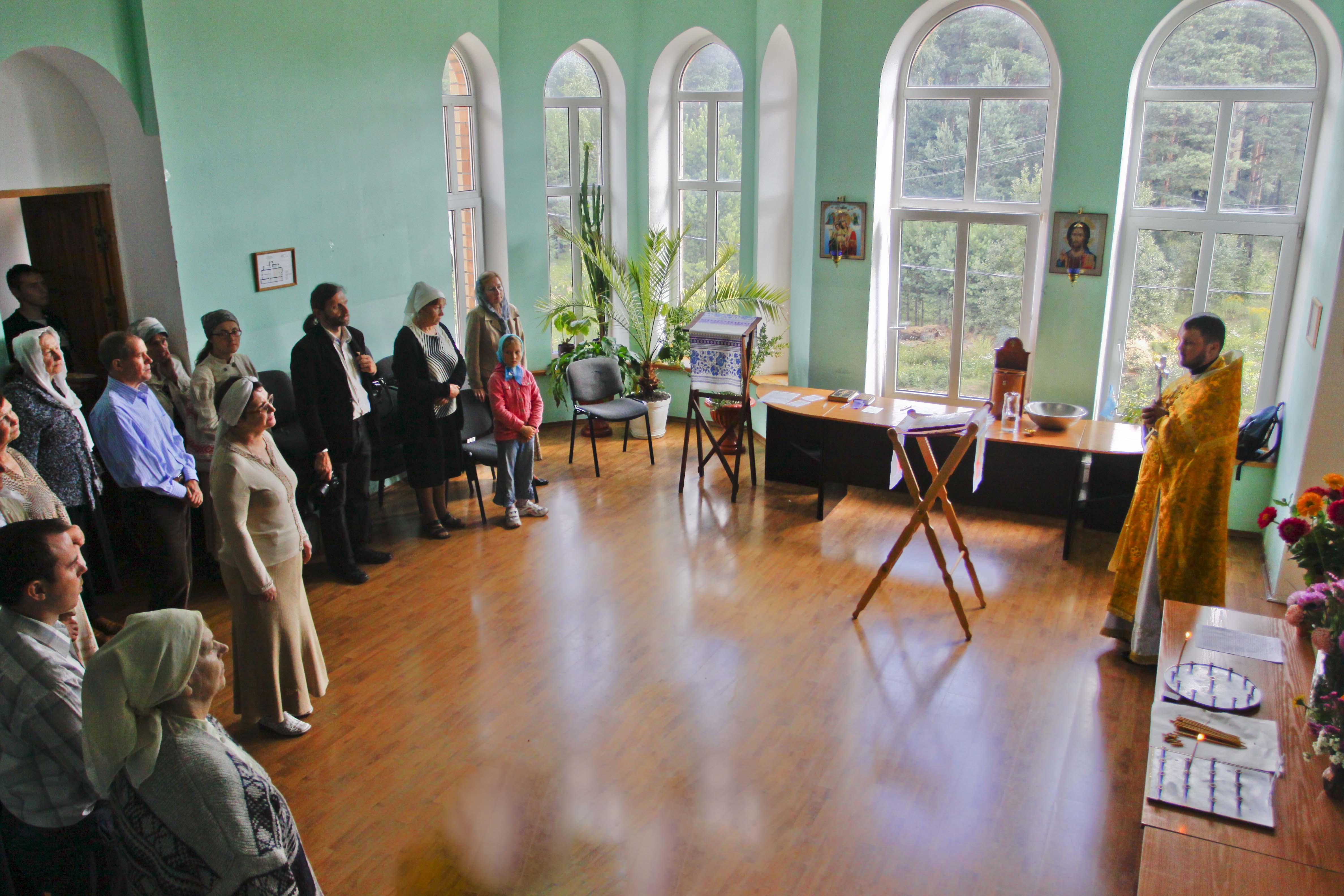 У Кінаніі адбылася святочная літургія ў дзень памяці прп. Фёдара Астрожскага